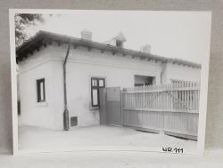 CASA DEMOLATA , STR, SEBASTIAN NR. 111  , BUCURESTI, FOTOGRAFIE MONOCROMA, PE HARTIE LUCIOASA , ANII '70  - '80