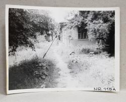 CASA DEMOLATA , STR, SEBASTIAN NR. 115 A  , IMAGINE DIN CURTE , BUCURESTI, FOTOGRAFIE MONOCROMA, PE HARTIE LUCIOASA , ANII '70  - '80