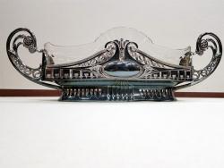 Fructiera / Centru de masa, metal argintat si cristal