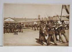 OFITERI SI RECRUTI LA DEPUNEREA JURAMANTULUI , IN DEFILARE , FOTOGRAFIE TIP CARTE POSTALA , MONOCROMA, NECIRCULATA , DATATA 1932