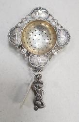 Strecuratoare din argint