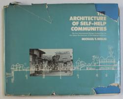 THE ARCHITECTURE OF SELF-HELP COMMUNITIES par MICHAEL Y. SEELIG , 1978