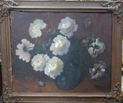 Vas cu flori, semnat Stanescu