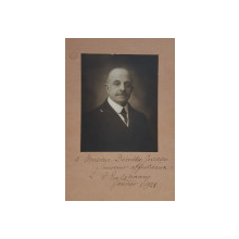 ALEXANDRU EMANUEL LAHOVARY , FOTOGRAFIE CU DEDICATIE * SI SEMNATURA OLOGRAFA PE VERSO * , MONOCROMA, DATATA 1928