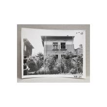 CASA DEMOLATA , STR, SEBASTIAN NR. 31 , BUCURESTI, FOTOGRAFIE MONOCROMA, PE HARTIE LUCIOASA , ANII '70  - '80