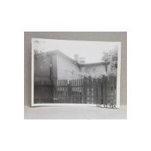 CASA DEMOLATA , STR, SEBASTIAN NR. 93 -93 A  , BUCURESTI, FOTOGRAFIE MONOCROMA, PE HARTIE LUCIOASA , ANII '70  - '80