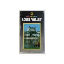 COLOUR GUIDE: LOIRE VALLEY de JACQUES-LOUIS DELPAL, 1986