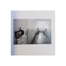 LUMEA INTERZISA  / FORBIDDEN WORLD de BOGDAN IURASCU ...MARIN RAICA , 2006