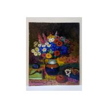 Nicolcea Spineni - Natura statica cu vas cu flori, pipa si margele