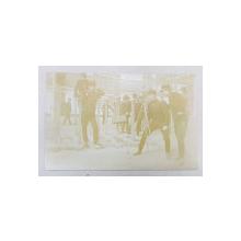 OFITERI LA SCOALA DE ARTILERIE SI GENIU , FACAND DIVERSE EXERCITII , FOTOGRAFIE TIP CARTE POSTALA , MONOCROMA, NECIRCULATA , DATATA 1911
