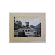 REZERVOR DE APA IN CONSTRUCTIE , FOTOGRAFIE SEMNATA ALEX. PETIT - ARCHITECT , PERIOADA INTERBELICA