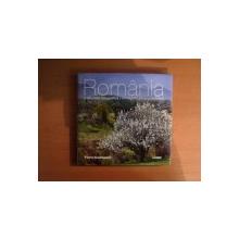 ROMANIA , O AMINTIRE FOTOGRAFICA / UN REGARD PHOTOGRAPHIQUE de FLORIN ANDREESCU