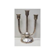Sfesnic din argint cu trei lumini